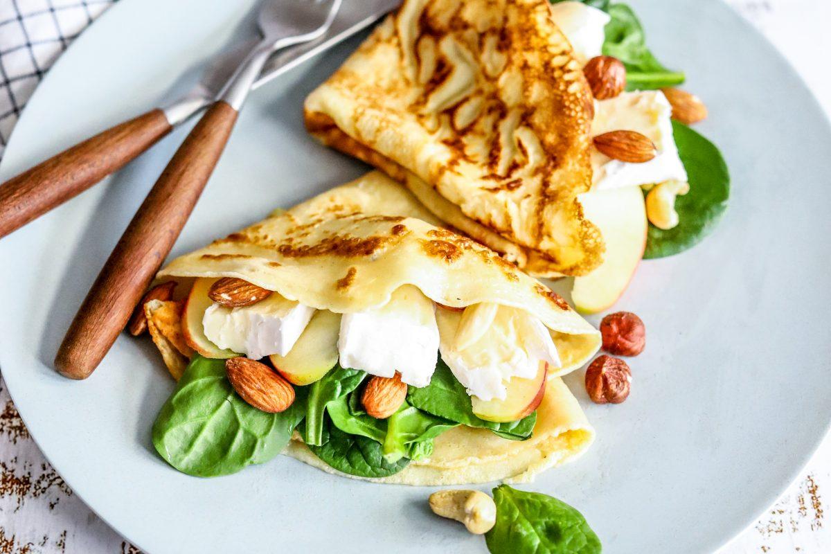 Pannenkoek met brie en appel. (2)