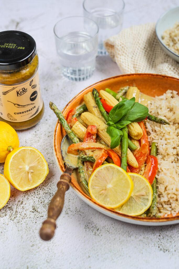 Makkelijke curry bomvol groente